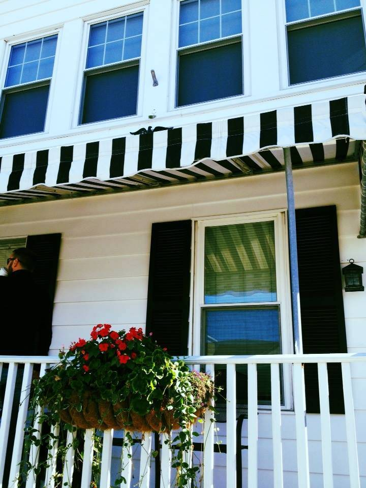 N Wildwood Recently Renovated 1st Ave (1st Floor) - Location Location Location